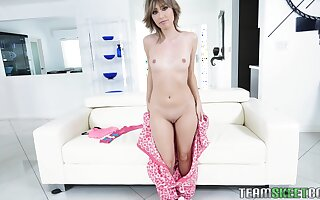 Slim nympho Daphne Dare loves to fuck and she is quite a distance shy about that