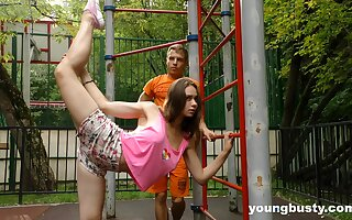 Flexible naturally busty teen gets fucked after some nice street workout