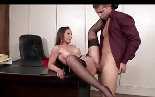 Sodomy Scene In The Office With A Well done Secretary
