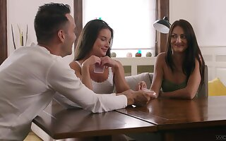 Gumshoe sitting nude threesome porn for four amateur sluts