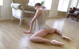 My flexible GF is twosome nasty ballerina and she's got a great inexperienced body