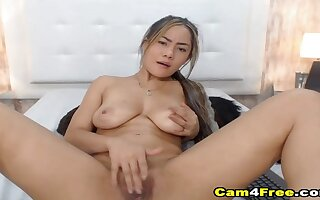 Chap-fallen Colombian babe gets pussy pounded